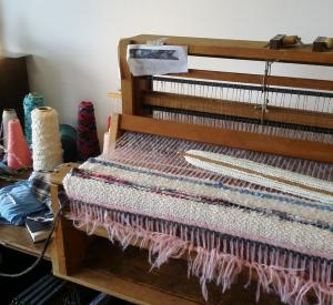Weaving the rug 2