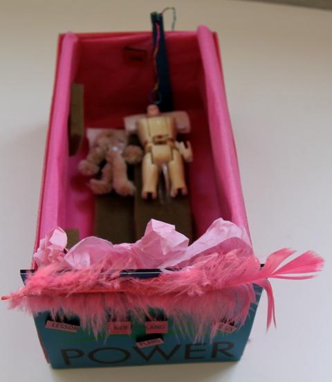 Pink box2